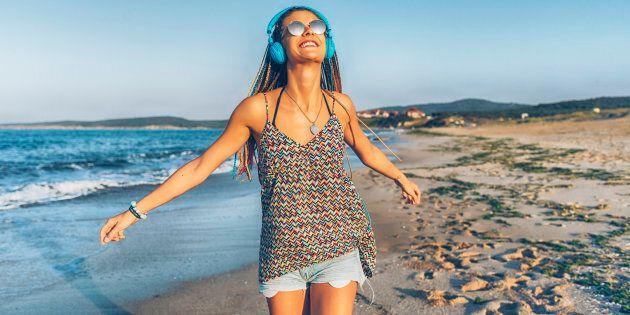 On ne veut pas se casser la tête. Vous êtes donc sur la plage à lire 50 nuances de grain de sable ou peut-être Les aventures de Quinquin le requin.