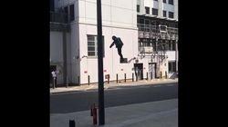 Un inventeur vole dans son costume d'«Iron Man» à