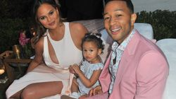 Chrissy Teigen, ses vergetures et son