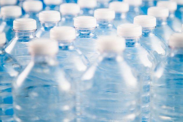 En plus de polluer les océans, le plastique contribue au réchauffement