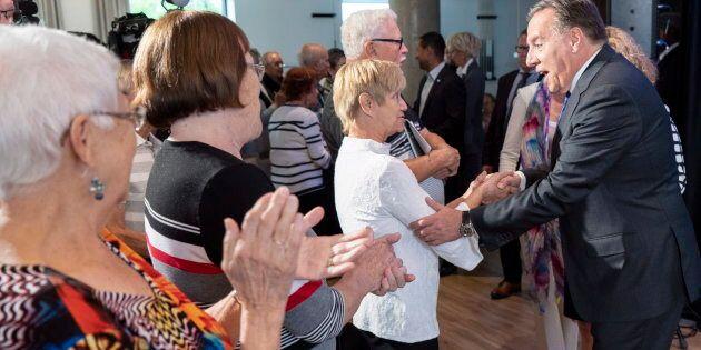 Élections: La CAQ promet 200 M$ par année pour les soins à