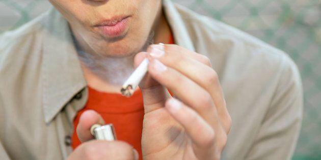 Repousser l'âge légal pour le cannabis entraînera les jeunes vers les Hells, croit