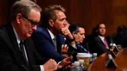 Le Sénat accepte de reporter son vote sur le juge Kavanaugh le temps d'une enquête du