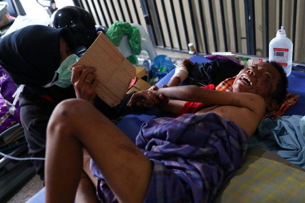 Catastrophe en Indonésie: 1000 prisonniers s'échappent, le bilan des morts