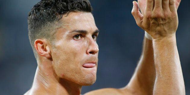 Accusé de viol, Cristiano Ronaldo dément, la police rouvre