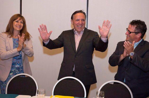 Donald Martel (à droite) n'a pas voulu commenter son exclusion du conseil des