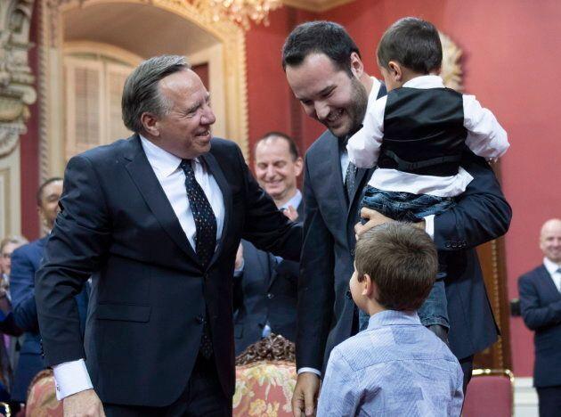 Voir les tout-petits du ministre Lacombe courir vers leur papa était définitivement l'un des moments...