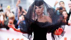 Lady Gaga sort le grand jeu au