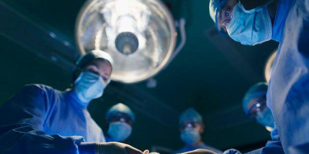 Médecins spécialistes: le gouvernement Legault fait preuve «d'improvisation», dit Pierre