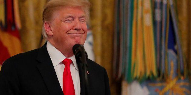 Pour l'instant, le président Trump a échappé à toutes les tentatives de lui coller un crime grave sur...