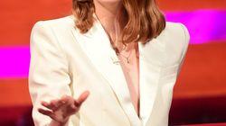 Pas facile de porter un corset, dit Emma