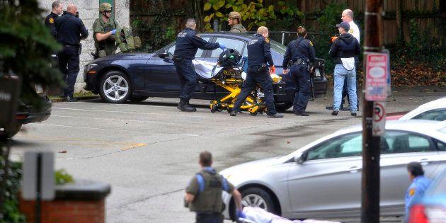 Donald Trump dénonce la «haine» après la fusillade dans une synagogue de