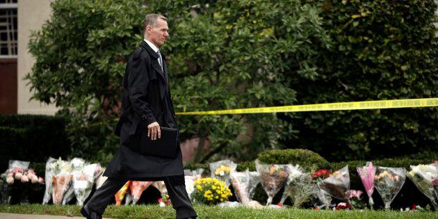 Fusillade à Pittsburgh: des veilles organisées à Montréal en hommage aux
