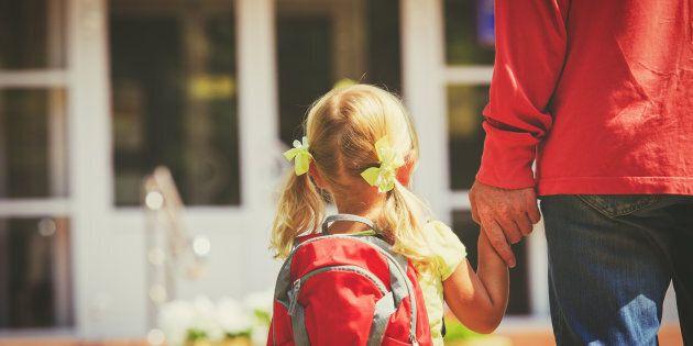 La Coalition avenir Québec affirme que la maternelle 4 ans universelle favoriserait l'intervention précoce auprès des enfants présentant des troubles de l'apprentissage.