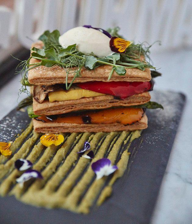 Le mille-feuille aux légumes grillés de la Brasserie