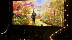 Les adieux multicolores d'Elton John au Centre