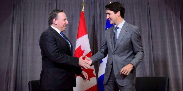 Le premier ministre désigné François Legault a rencontré Justin Trudeau en Arménie, lors du sommet de...