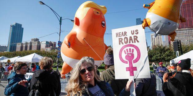 Rassemblement contre la politique «anti-femmes» de Trump à