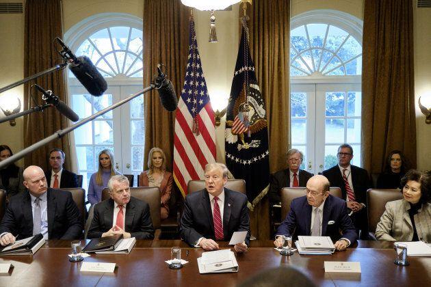 Donald Trump éloigne la menace d'un «shutdown» sans renoncer à son