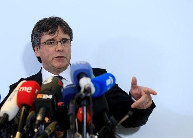 Carles Puigdemont est en fuite depuis le 31 octobre