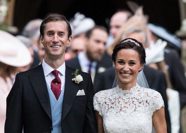 (KIKA) - LONDRA - Pippa Middleton ha dato alla luce un maschietto alla Lindo Wing di Londra. Il primo...