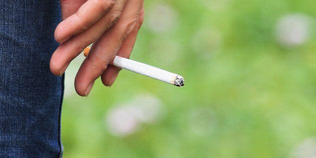 La cigarette et le cannabis ont gagné en popularité au Canada en