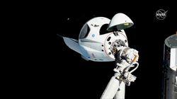 SpaceX réussit son amarrage à la Station spatiale