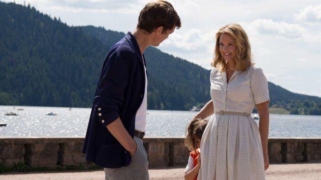 Niels Schneider et Viriginie Efira dans «Un amour
