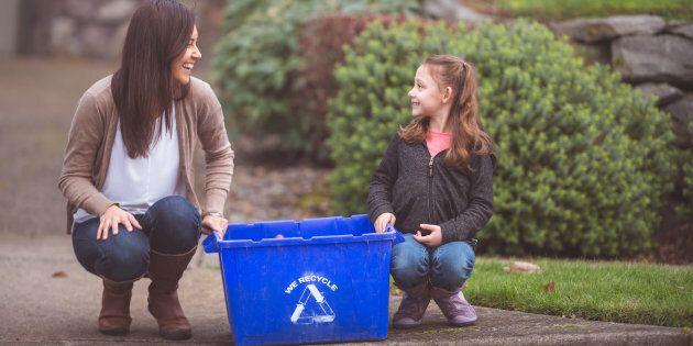 Au Québec, un des bons coups environnementaux fut réalisé par l'entremise du milieu scolaire.