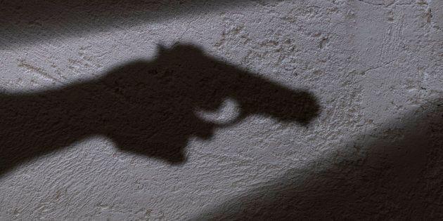 Justin Trudeau n'exclut pas l'interdiction de posséder des armes de poing et d'assaut au