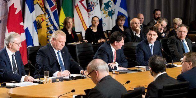 Trudeau tente de se montrer rassembleur dans sa rencontre avec les premiers