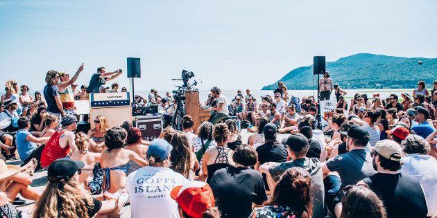 Patrick Watson avait donné un «spectacle-surprise» sur le bord du fleuve lors de l'édition 2018.