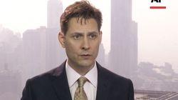 Un ex-diplomate canadien est détenu en