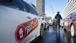 Taxi: le gouvernement bonifie son offre, la proposition mal accueillie par les