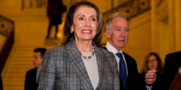 La chef des démocrates Nancy Pelosi repousse l'idée d'une destitution de