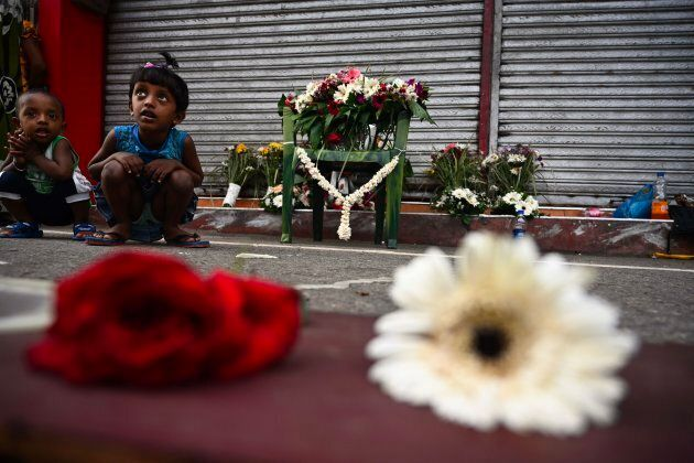 Les attaques de dimanche demeurent les pires que cette île d'Asie du sud aux 21 millions d'habitants...
