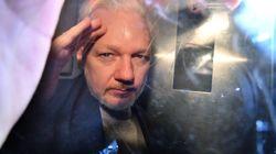 Julian Assange condamné à une peine
