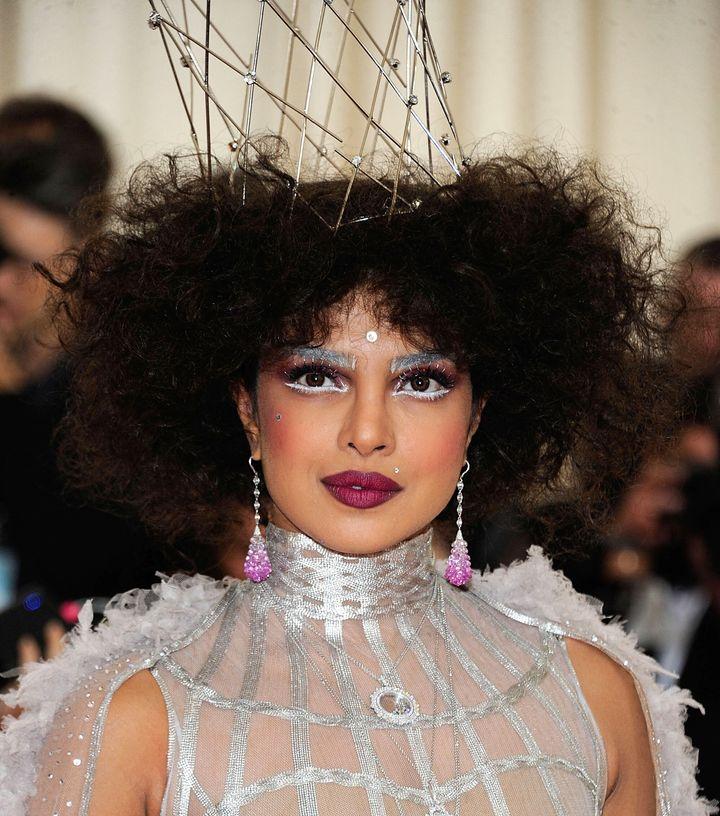 Dior Bindi Priyanka Chopra Goes All Out For The Met Gala Yet