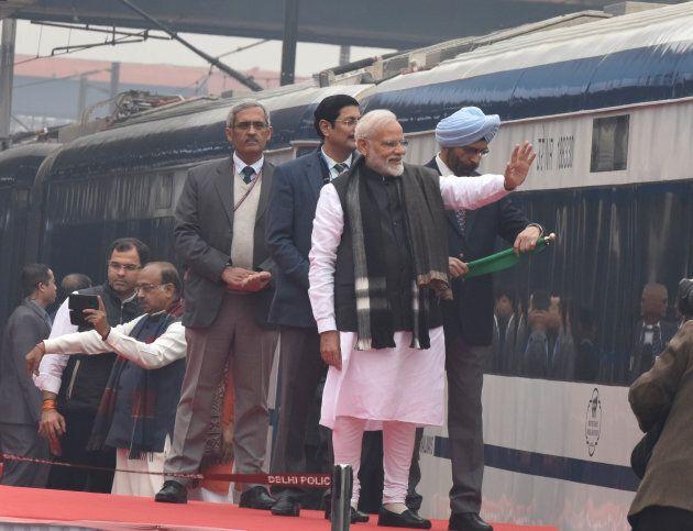 Le premier ministre Narendra Modi a inauguré le Vande Bharat Express,