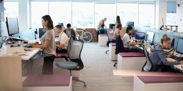 Les postes de travail assis/debout ne règlent pas tous les