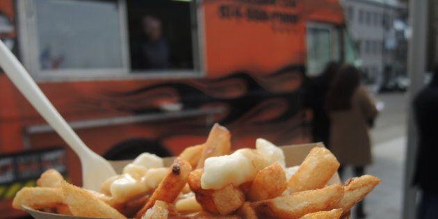 Montréal abandonne l'idée d'offrir de la cuisine de rue au quotidien. La Ville misera sur les événements qui rassemblent ponctuellement un plus grand nombre de camions. (crédit: Olivier Robichaud)