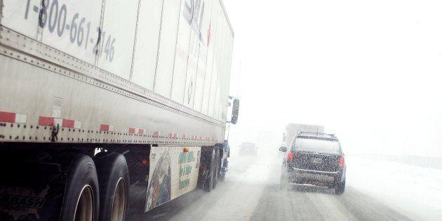 Québec accepte de dédommager les automobilistes coincés sur l'autoroute