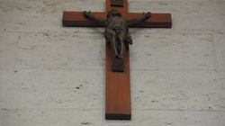 Montréal: le crucifix sera retiré de la salle du