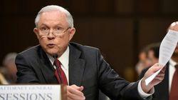Jeff Sessions nie toute rencontre secrète avec des responsables