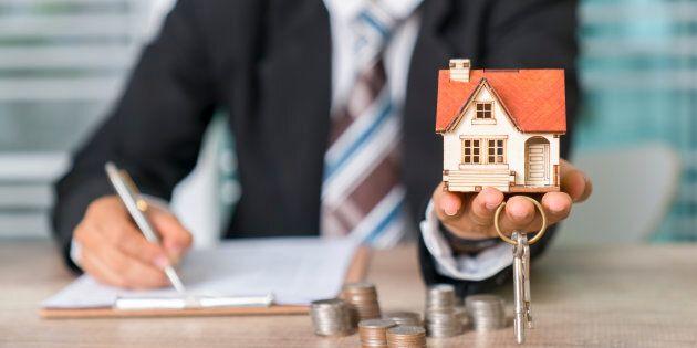 Les prix des maisons grimpent plus vite à Montréal qu'à Toronto et