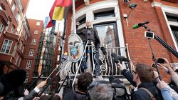 Poursuites pour viol contre Julian Assange: revirement