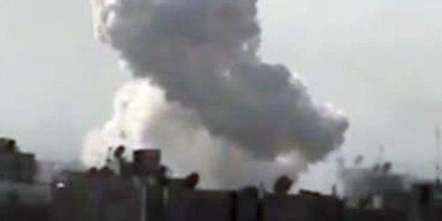 Syrie: Homs bombardée, combats entre soldats et déserteurs, trois civils