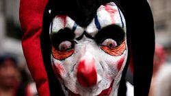 Des enfants terrorisés par des clowns qui tentent de les attirer dans les