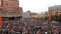 40.000 Norvégiens entonnent une chanson détestée par