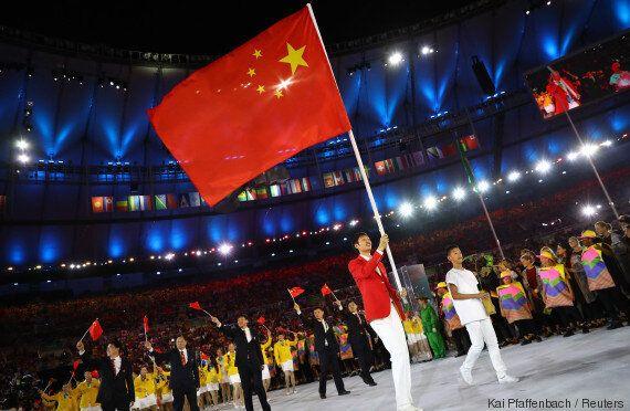 Rio 2016: des étoiles mal alignées sur ses drapeaux vexent la